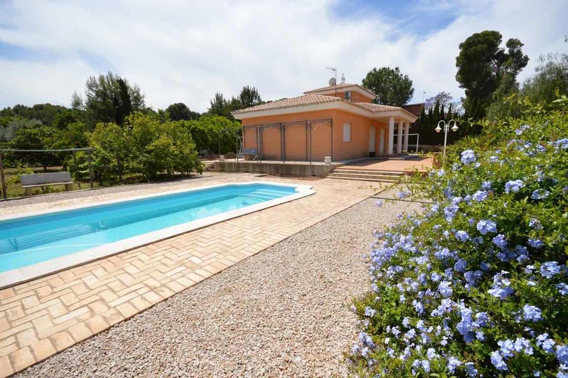 Detached villa, 3 bedrooms, 2 bathrooms, at Xàtiva