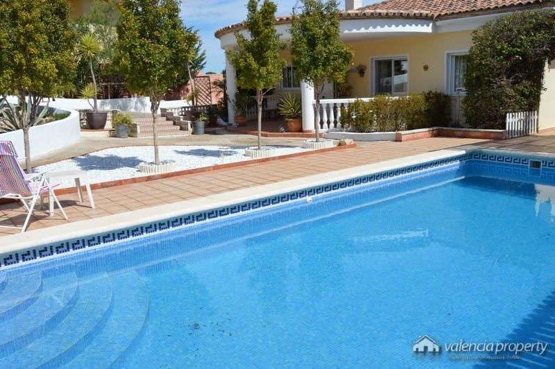 Chalet, estudio invitados,  cerca de Xàtiva, en Alberic