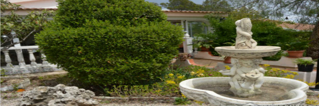 "Sensational villa with pool and plot of land, in the residential area ""Cumbres de Valencia"" at Moixent"