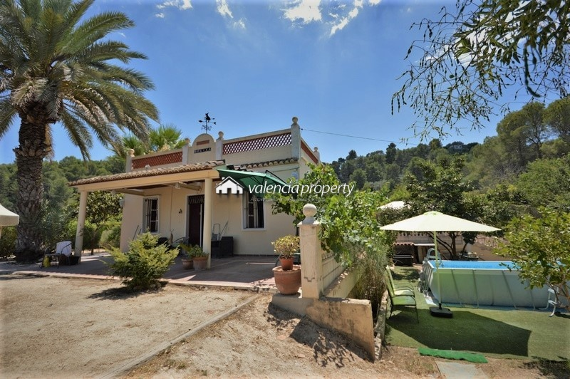 Traditional Valencian country house, 3 bedrooms. East entrance of Xàtiva