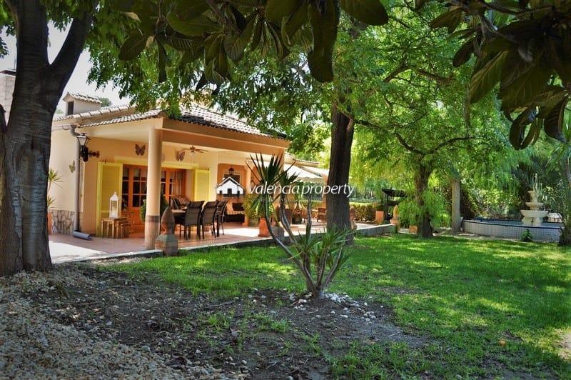 Detached villa, 4 bedrooms, 3 bathrooms + 11×6 pool, at Xàtiva.